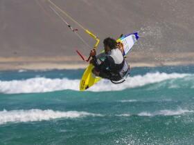 MOGASURF Mogasurf Surf & Kitesurf Shop - Scool - Camp Essaouira Essaouira