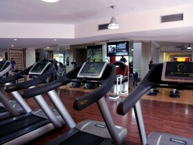 Club Moov'UP Fitness tapis roulant  moov'up fitness agadir Agadir
